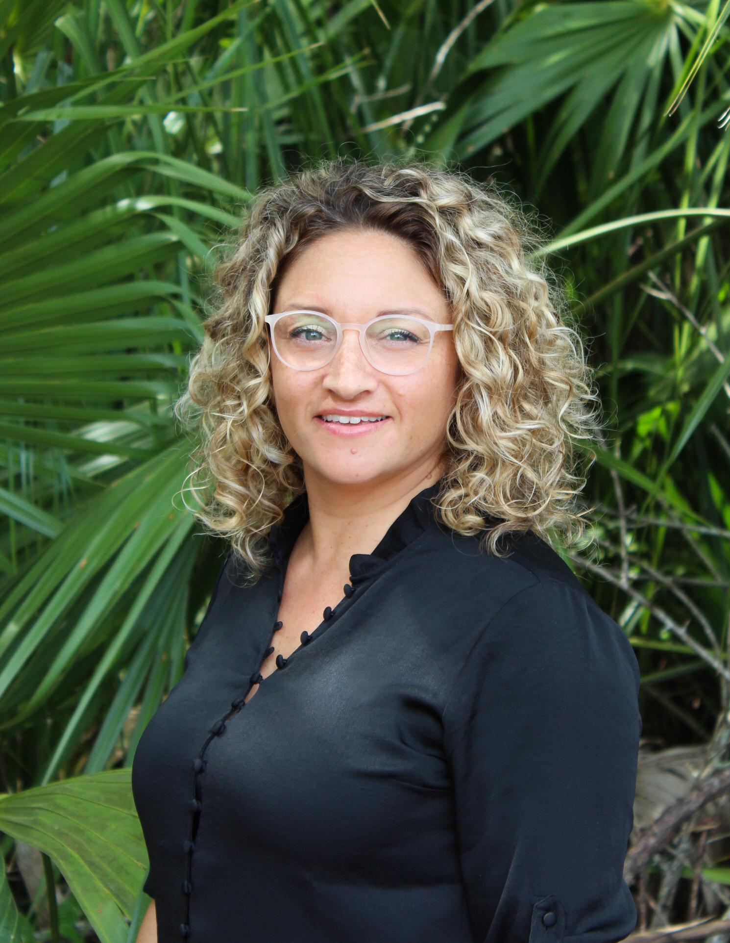 Dr. Johnna Brynn